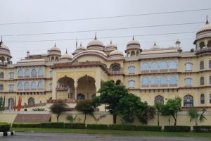 Noor Mahal is located in Karnal heart of the city in Haryana.