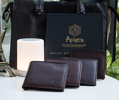 Luxury wallet with Intelligence